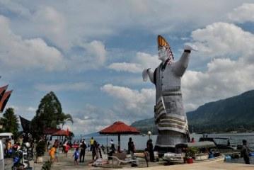 Bupati Samosir Buka Festival Gondang Naposo Berhadiah Total 22 Juta Rupiah
