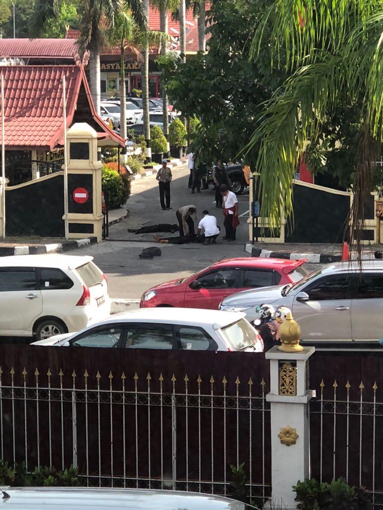 Pelaku Teroris di Mapolda Riau Dilumpulkan