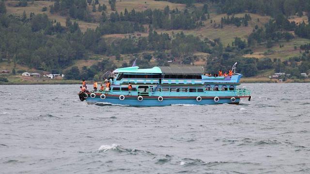 Pariwisata Pasca Tenggelamnya KM Sinar Bangun Tetap Stabil