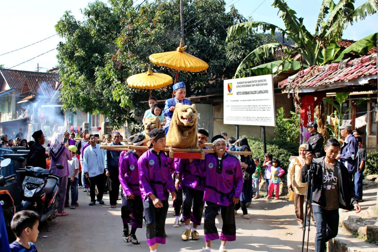 Nunu Nugraha Lestarikan Seni Budaya Sunda
