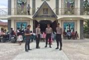 Personil Polres Samosir dan Jajaran Jaga Keamanan Gereja