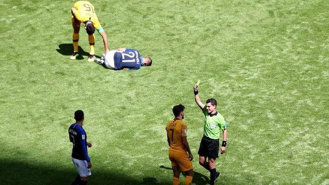 Laga Prancis vs Belgia Dipimpin Wasit Pencetak Sejarah