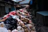 20 Kios di Pasar Sayati Tertutup Tumpukan Sampah