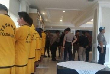 Pejabat Pemkab Tasikmalaya Sudah 'Berkostum' Tahanan Mapolda Jabar