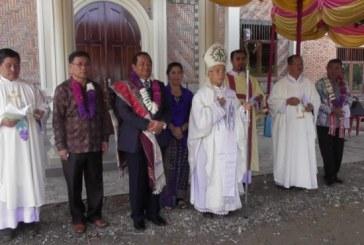 BUPATI MENGHADIRI IBADAH PERAYAAN PESTA PEMBERKATAN GEREJA St. RAYMUNDUS SIGORT.