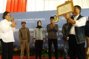 Sri Mulyani Hadiri Penyerahan Program Community Development
