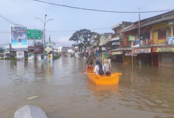 Tiga Kecamatan Masih Terendam Banjir