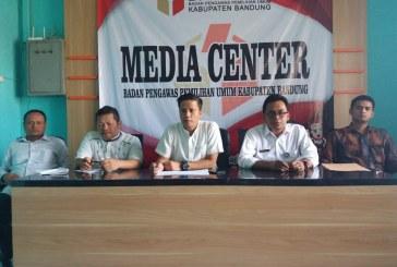 Bawaslu Kab Bandung Proses Santunan untuk Pengawas yang Meninggal