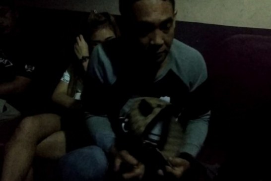 Sedang Asiikk Nginek di Room, Oknum Polisi dan PNS Kejaksaan Muaro Jambi Diamankan