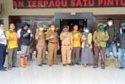 Distan Kab Bandung lakukan Penyemprotan di Fasilitas Perkantoran